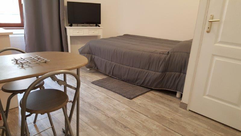studio meubl rodez. Black Bedroom Furniture Sets. Home Design Ideas
