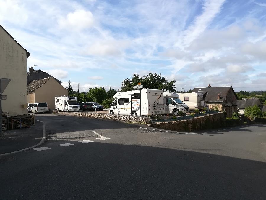 Aire de camping-car municipale de Naucelle