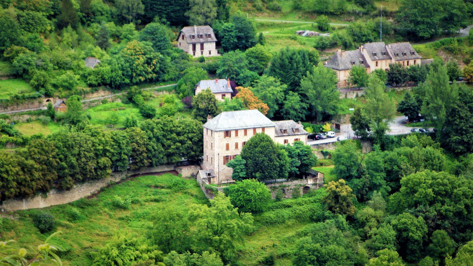 Maison Familiale De Vacances Conques En Rouergue Hebergement Collectif Tourisme Aveyron