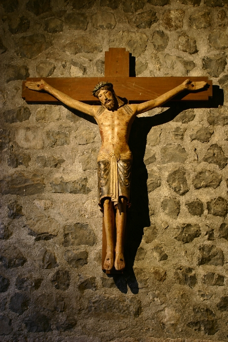 Christ Roman église de Thérondels