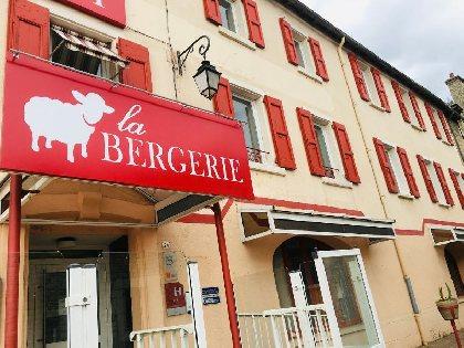 Hôtel - Restaurant - La Bergerie, MELLAN Nathalie et Fabien