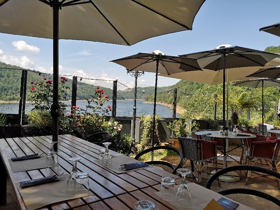 Terrasse du restaurant du Chalet du Lac