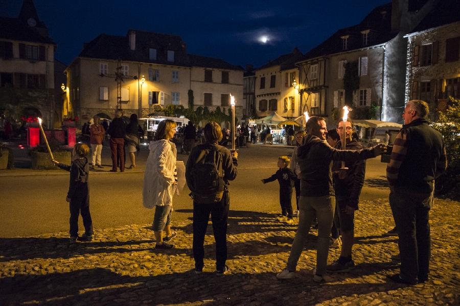 Visite aux flambeaux de Sauveterre de Rouergue - Bastide royale