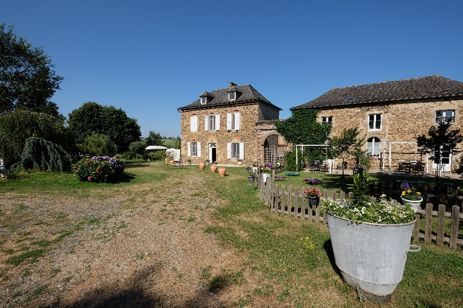 Château de Vèzes - Ecogîte Le Buddleja