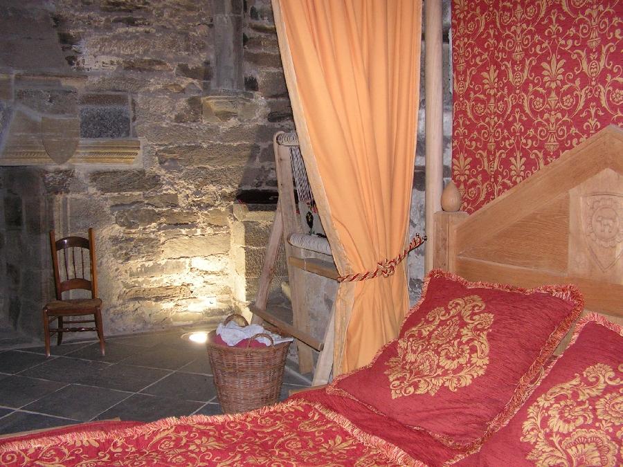 Pièce du donjon au Château de Valon