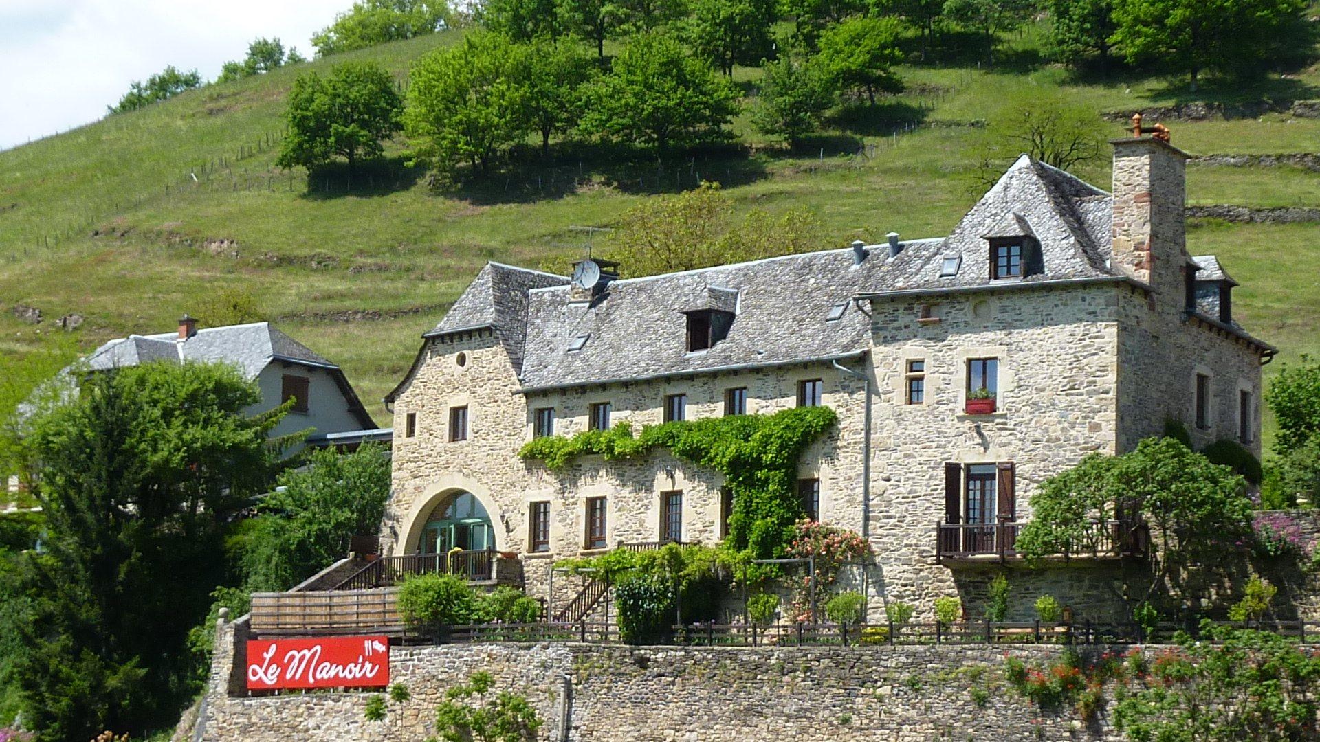 Architecte D Intérieur Aveyron b&b manoir de la fabrègues, estaing | chambre d'hôtes