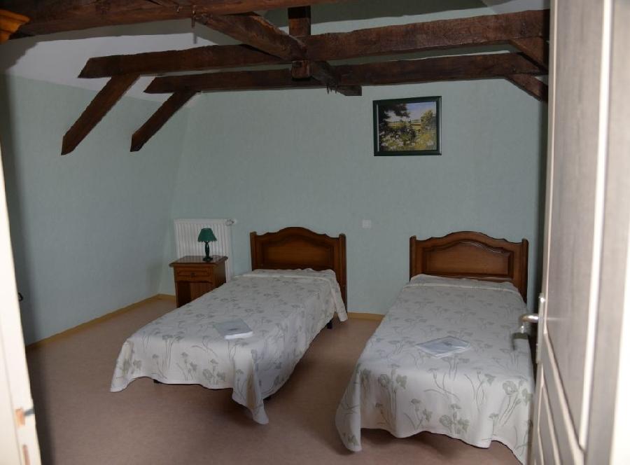 2 chambres avec lits en 90