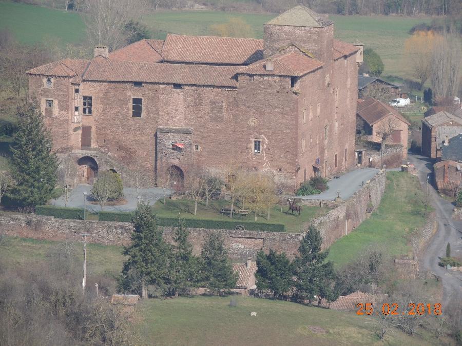 Château de Saint-Izaire et Musée de l'Archerie