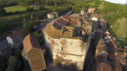 Château de Latour, Château de Latour-sur-Sorgues