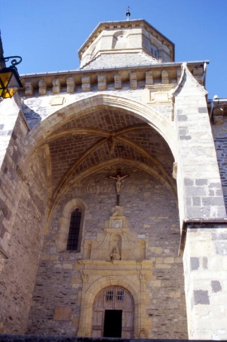 Église St Laurent de Prades d'Aubrac