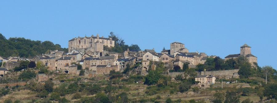 Castelnau Pégayrols domine la vallée de la Muse
