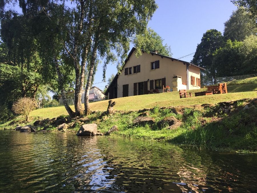 Maison Lac de Pareloup