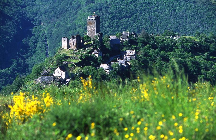 village de Valon dans les Gorges de la Truyère