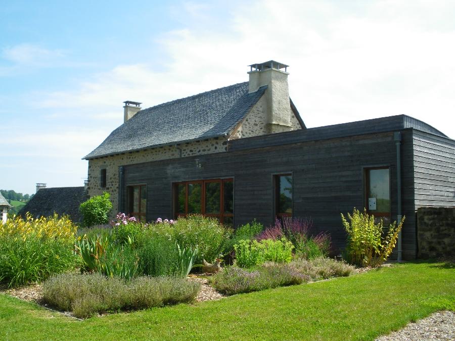 Le jardin des 5 sens visite carladez tourisme en aveyron for Jardin 5 sens guadeloupe