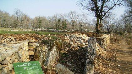 Le Tombeau du Géant - Parcours pédagogique , OT Villefranche-Najac