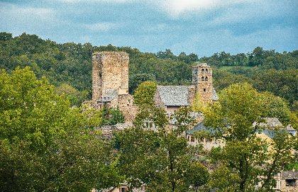 Donjon du Château et village fortifié de Calmont, OT PAYS SEGALI Héloïse Andrieu Maviel