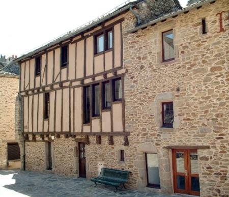 Circuit de Rieupeyroux - Sauveterre de Rouergue