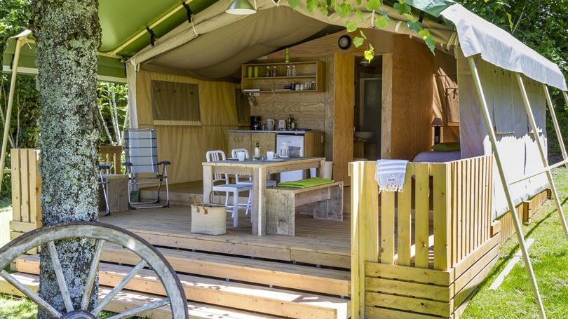 Camping- le Clos de Banes safari 4 personnes