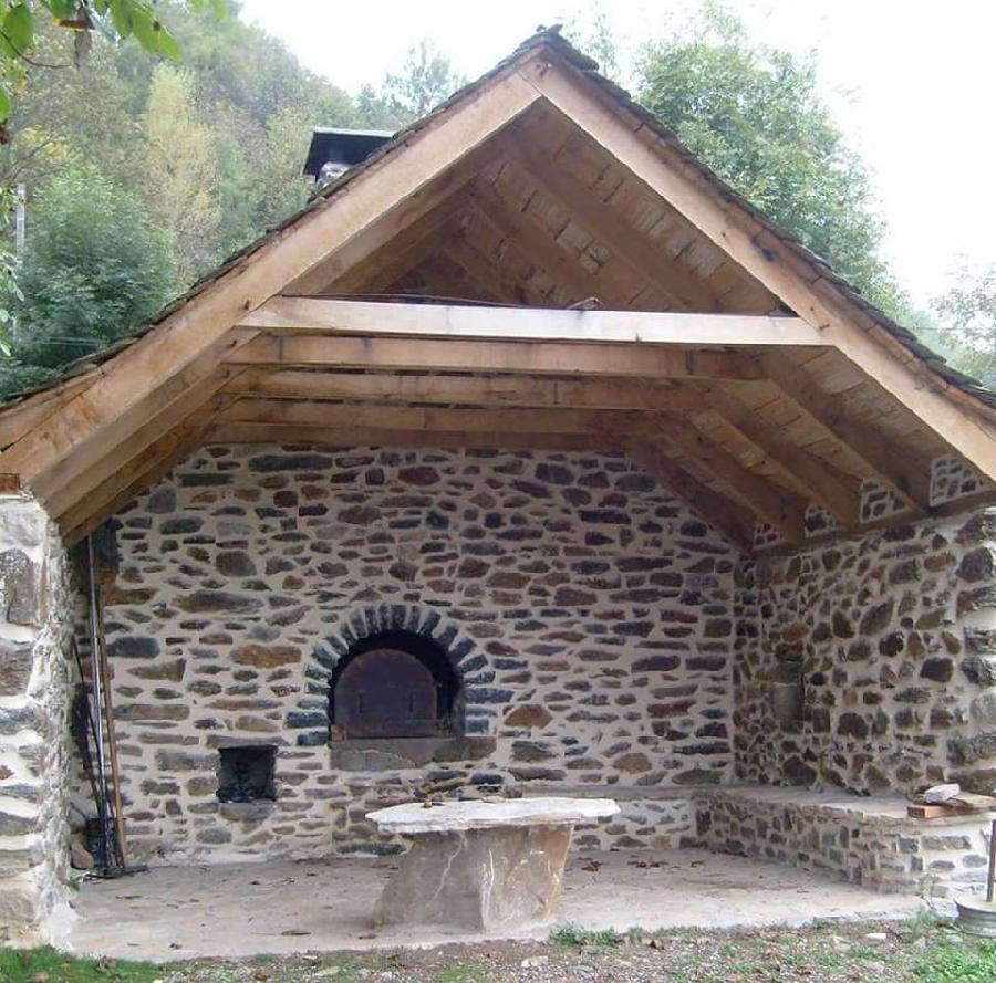 Repas de l'association des Fours, Croix et Fontaines de Ste Eulalie d'Olt