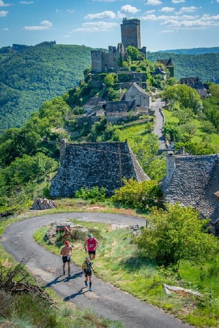 Les Cîmes du Château de Valon