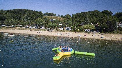 Camping Beau-Rivage du lac de Pareloup en Aveyron, Camping Beau-Rivage du lac de Pareloup en Aveyron