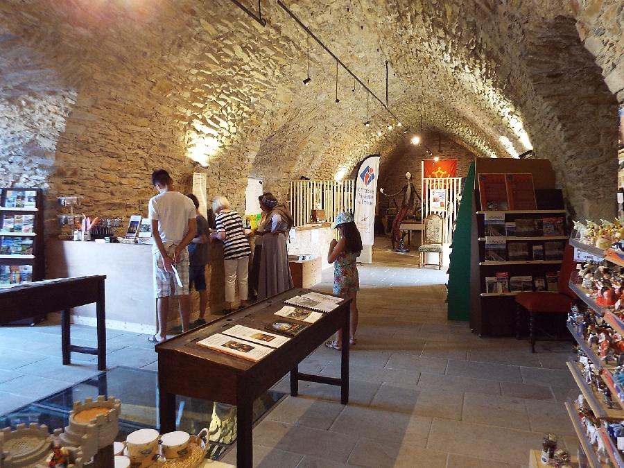 Office de Tourisme du Pays de Roquefort et du Saint-Affricain. Point Info Tourisme
