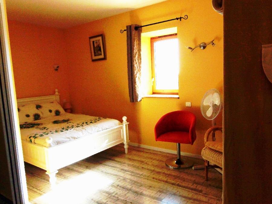 Gîte de Rouviac - Chambre jaune