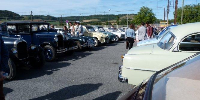 Quatrième grande rencontre de véhicules anciens à Sévérac-le-Château