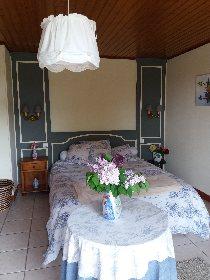 Chambre  - lit double, Mme Maurel