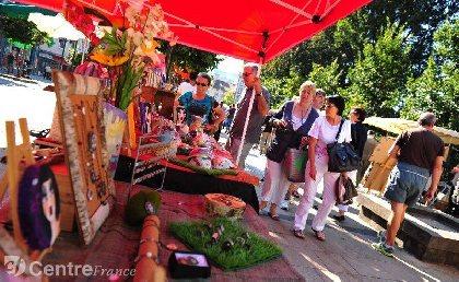 Marché artisanal Lauzarts