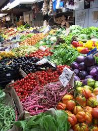 Petit marché de Naussac, le vendredi soir