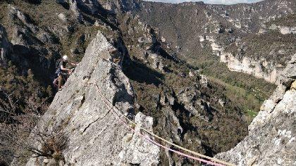 Roc Aiguille Zébulon grande voie Tarn , La Belle Cordée