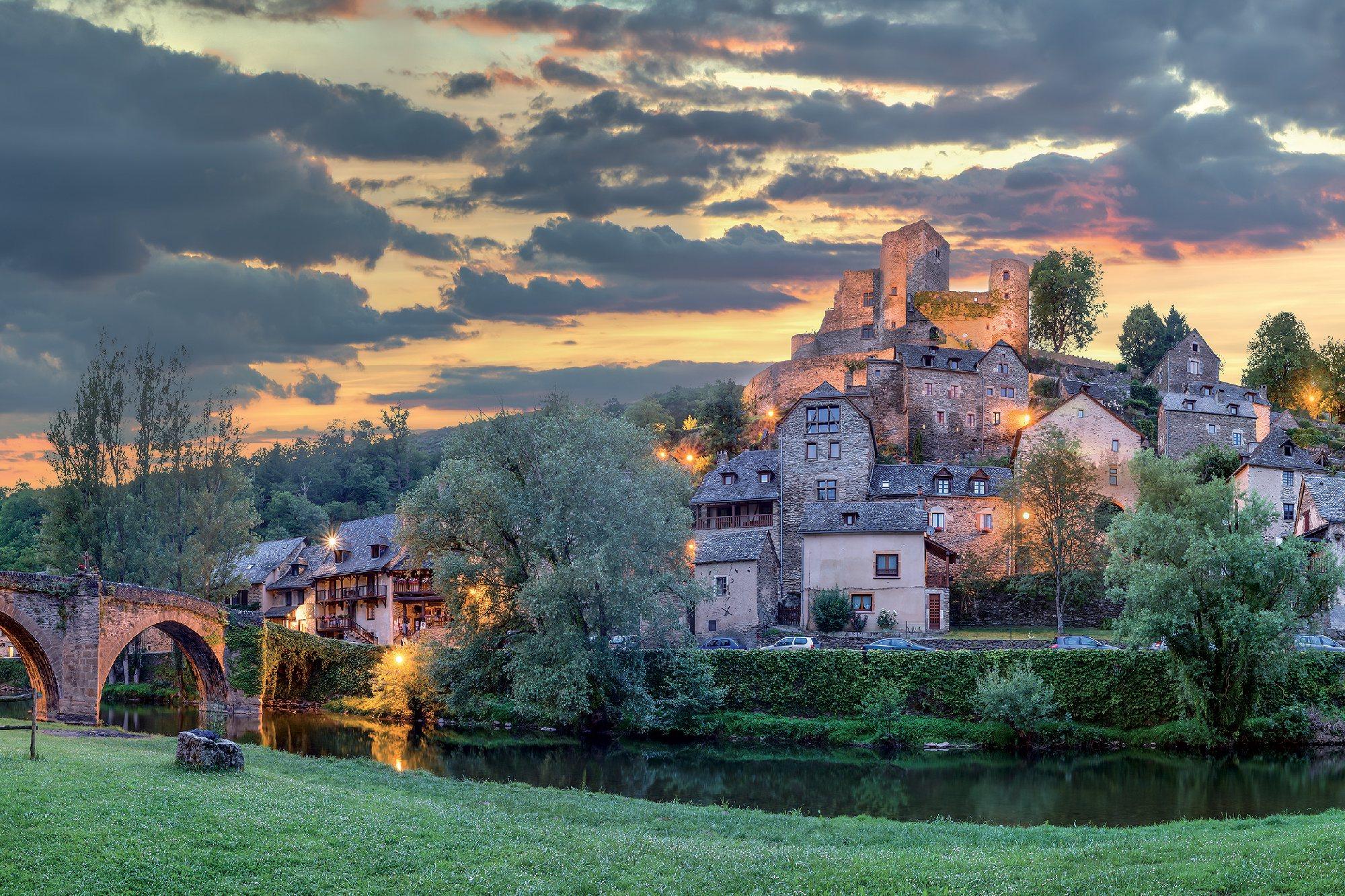 Circuit des 10 Plus Beaux Villages de France, Belcastel ...