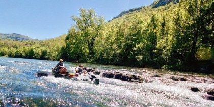 Week-end à-pics et kayak, hors signal (Out Of Reach), au coeur de paysages vertigineux
