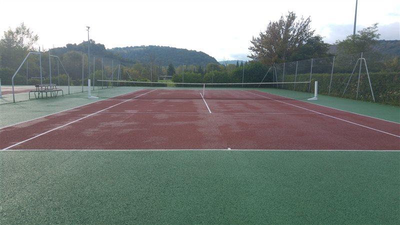 Courts de tennis à Sévérac-le-Château