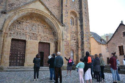 Les guides conférenciers du Service Patrimoine de Conques, OFFICE DE TOURISME de CONQUES-MARCILLAC