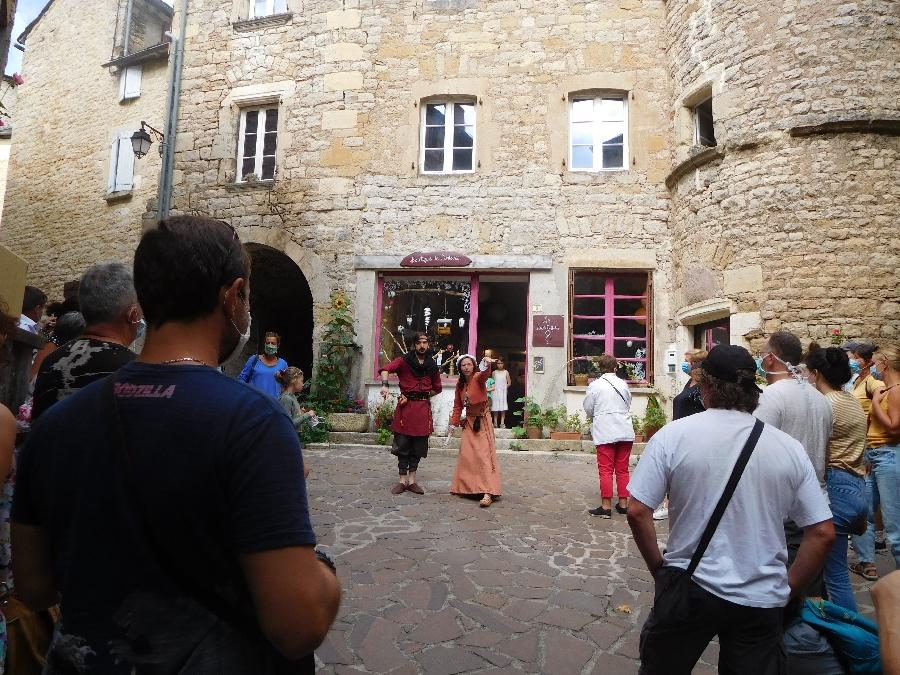 Visite du Château et de la cité médiévale de Sévérac en juillet-août (groupes)