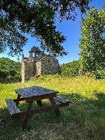 Aires de Pique-Nique chapelle de villelongue - cabanes, Muriel Hennessy - ADT