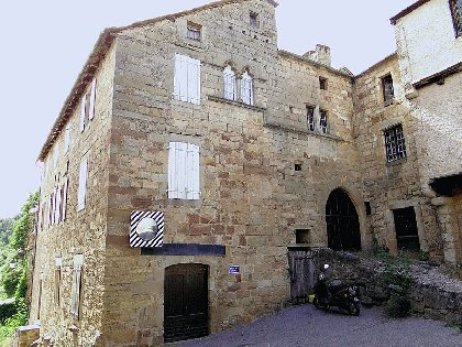 Les deux maisons romanes, OFFICE TOURISME DU PAYS DE LA MUSE ET RASPES DU TARN