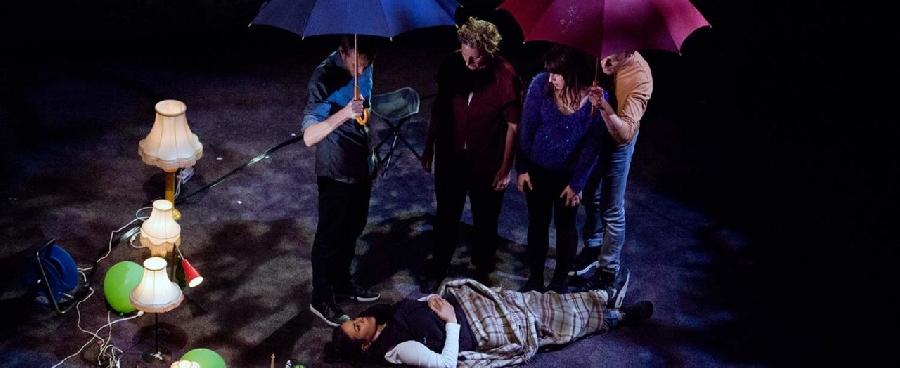 Théâtre : Nous, dans le désordre