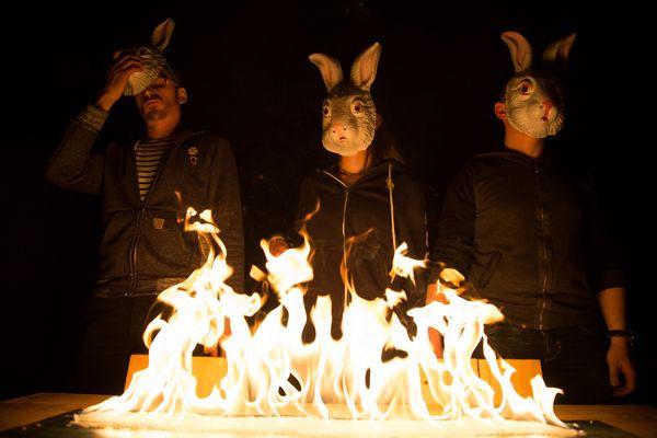 Théâtre des deux points : Fracasse ou La Révolte des enfants des Vermiraux