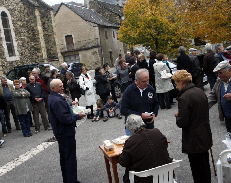 Vente pour les âmes à Castelnau de Mandailles