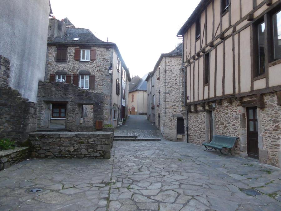 visite commentée de Rieupeyroux