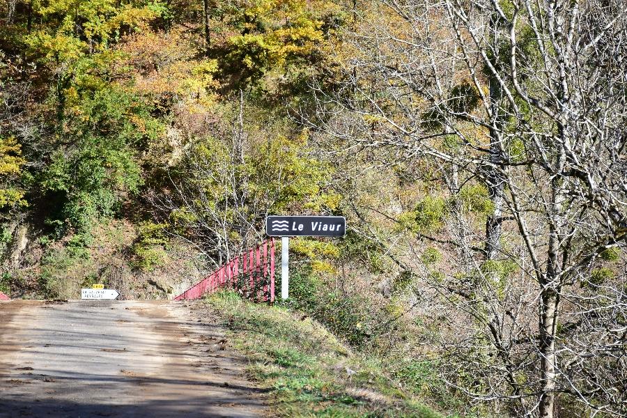 Le Viaur au Pont de la Roque (lâchers de truites)