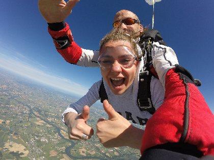objectif chute libre - saut en parachute, OFFICE DE TOURISME de CONQUES-MARCILLAC