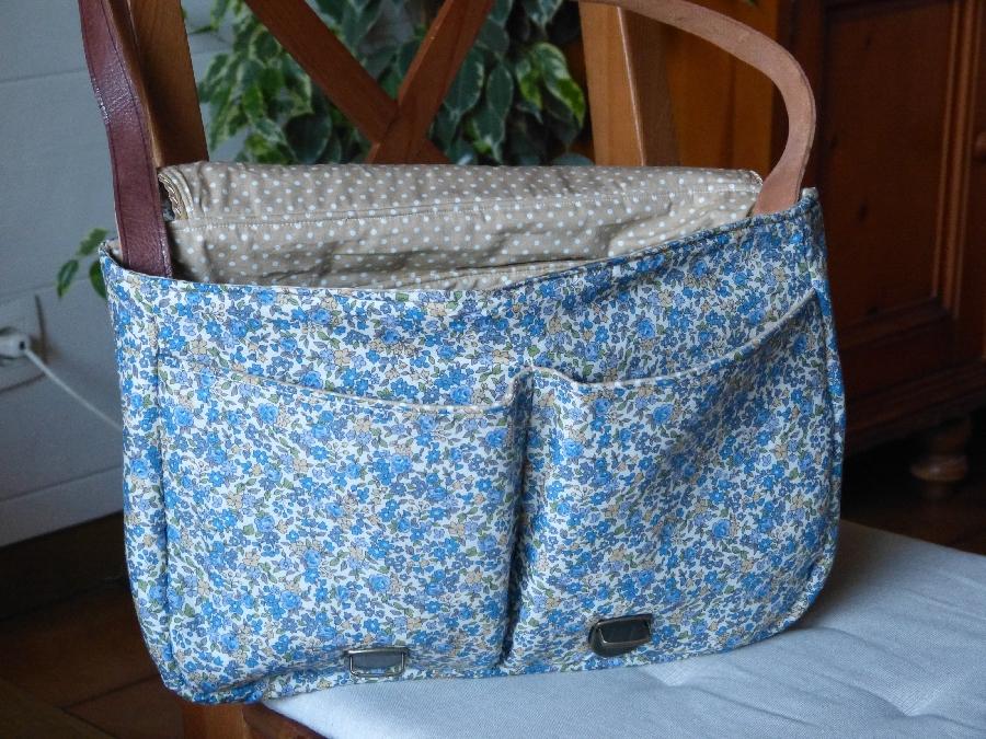 Atelier couture d'un sac besace