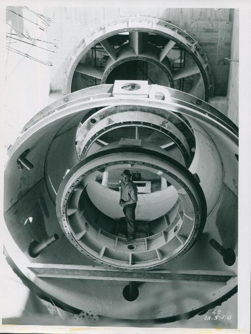 Exposition sur la construction du barrage de Cambeyrac