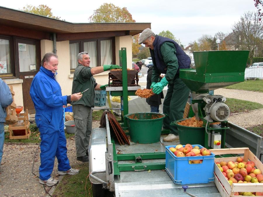 Fabrication jus de pomme - Journées du Patrimoine